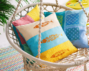 Coussin patchwork impression pochoir
